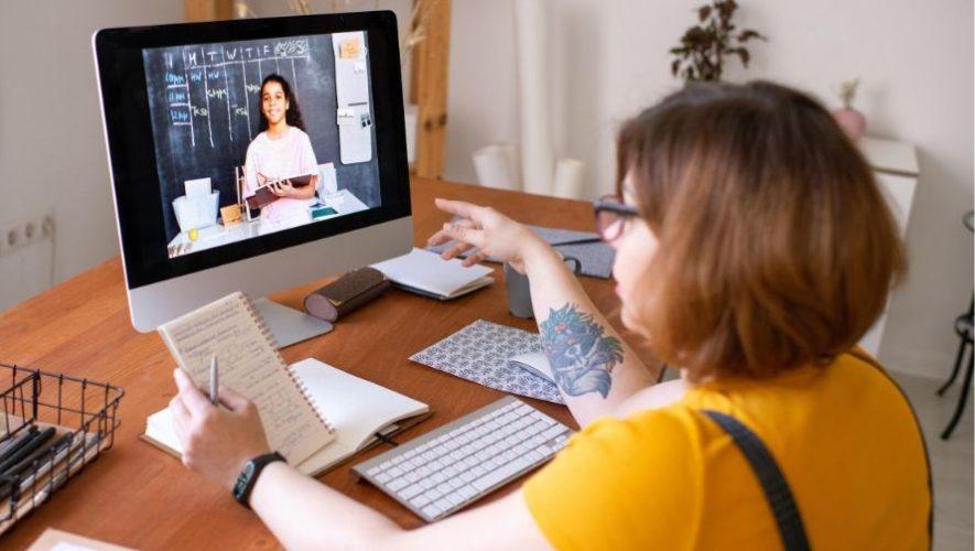 COVID-19: Universidad del Istmo comparte talleres gratuitos en línea