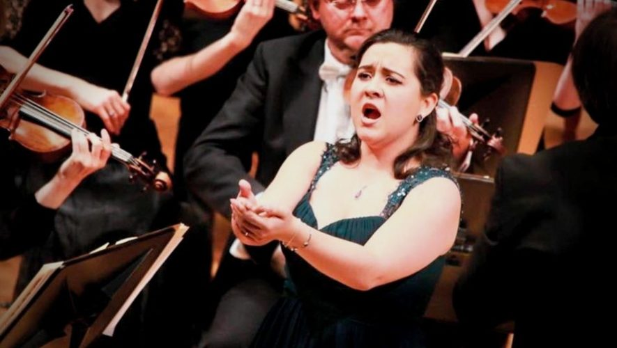 Concierto en línea de la soprano guatemalteca Adriana González | Junio 2020
