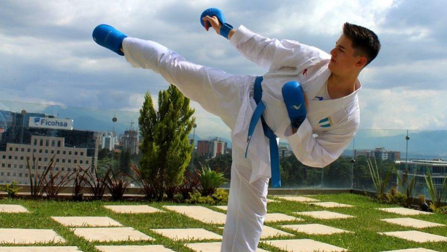 Entrenamiento gratuito de karate en línea con atletas guatemaltecos | Junio 2020
