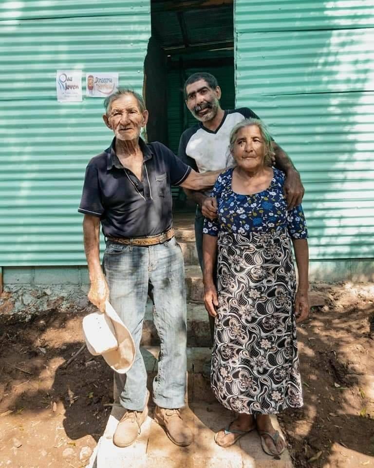 Guatemaltecos construyeron vivienda a familia de escasos recursos en Ipala, Chiquimula 2020