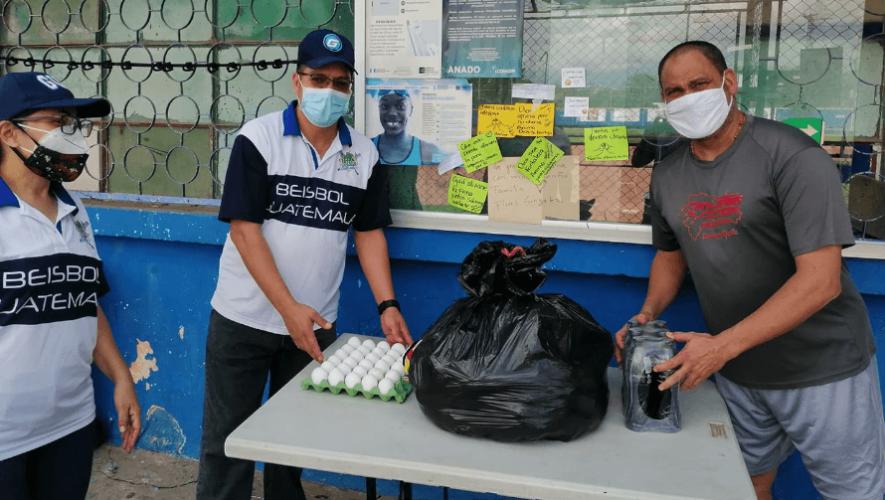 COVID-19: Integrantes de la Liga Galvez Sobral recolectaron víveres para ayudar a personas afectadas