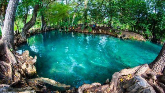 Rio-Azul-Huehuetenango-más-importantes-Centroamerica-Viaje-Jet