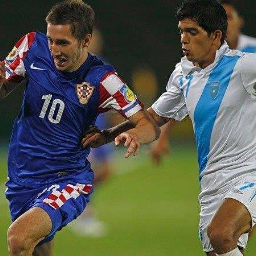 covid-19-futbolista-marco-tulio-rivas-emprende-venta-sandías-esquipulas-seleccion-nacional-sub20