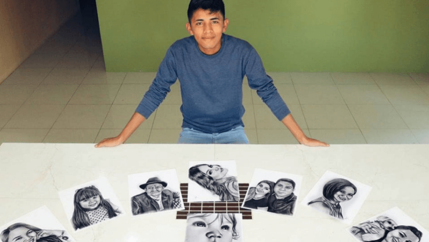 Arley Carrillo, artista de Huehuetenango, destaca por sus dibujos de retrato a lápiz