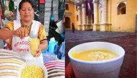 El atol de elote que se prepara de manera artesanal en Guatemala