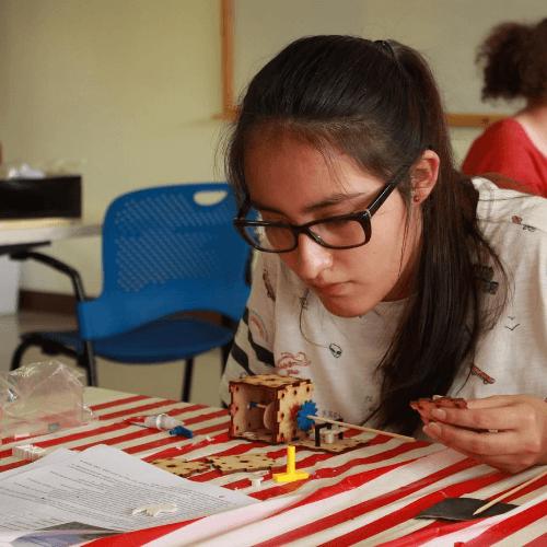 Becas para mujeres guatemaltecas 2020