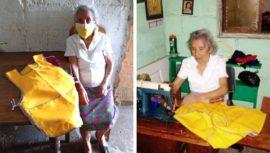 Catalina Yupe, abuelita de 84 años, elabora gabachas desde su casa debido al COVID-19