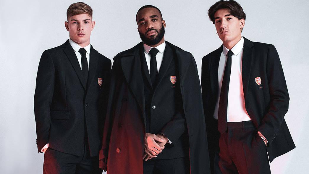 Diseñador guatemalteco vestirá al equipo del Arsenal de la Premier League 2020