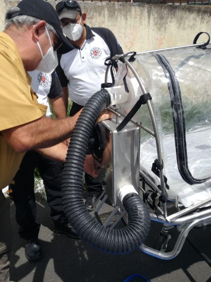 Donaron cápsula de protección a bomberos guatemaltecos