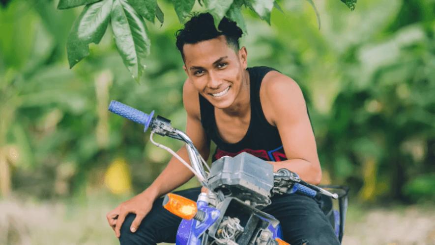 Fotógrafo guatemalteco visitó la casa de Chomín para conocer su historia Escuintla