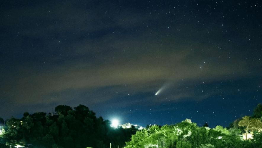 Guatemaltecos captaron en fotografías al Cometa Neowise en julio 2020