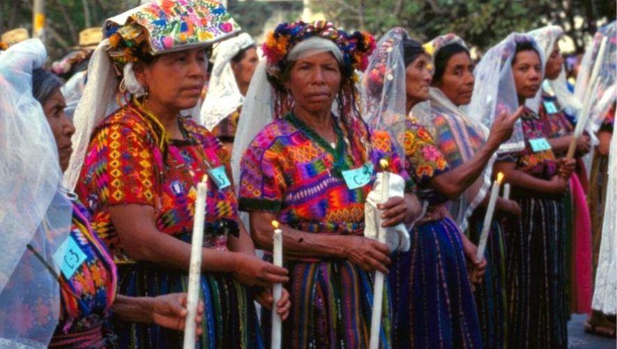 Conferencia para conocer la riqueza de los trajes indígenas de Guatemala | Agosto 2020