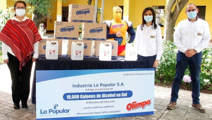 La Popular y Olimpo donaron galones de alcohol en gel al Ministerio de Educación
