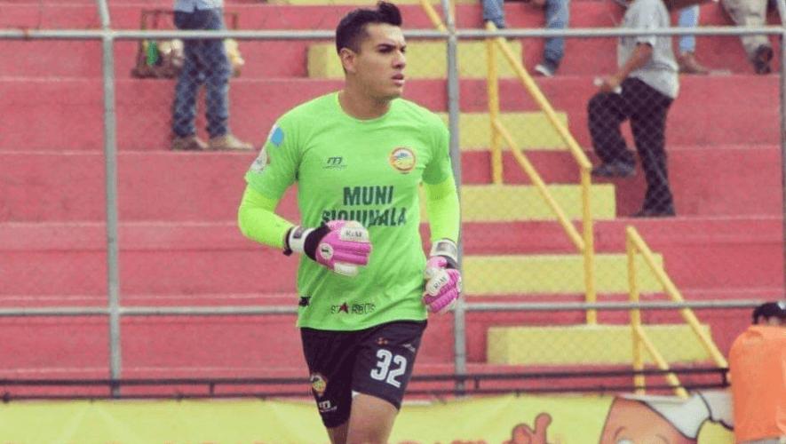 Luis Tatuaca es nuevo jugador del Club Atlético Marte de El Salvador