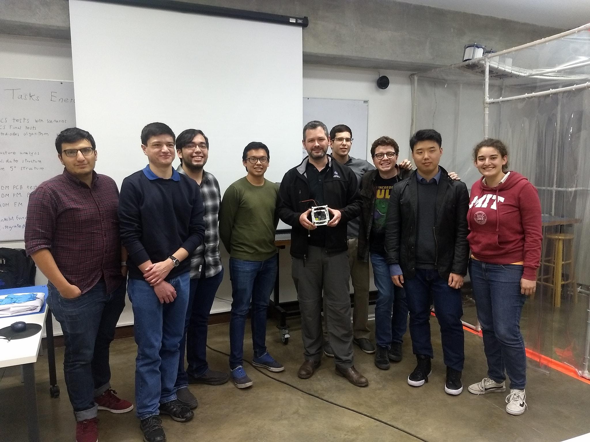Primer satélite guatemalteco ganó premio Misión del Año 2020