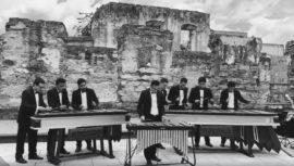 Ricardo Arjona compartió versión en marimba de su canción El Amor que me Tenía