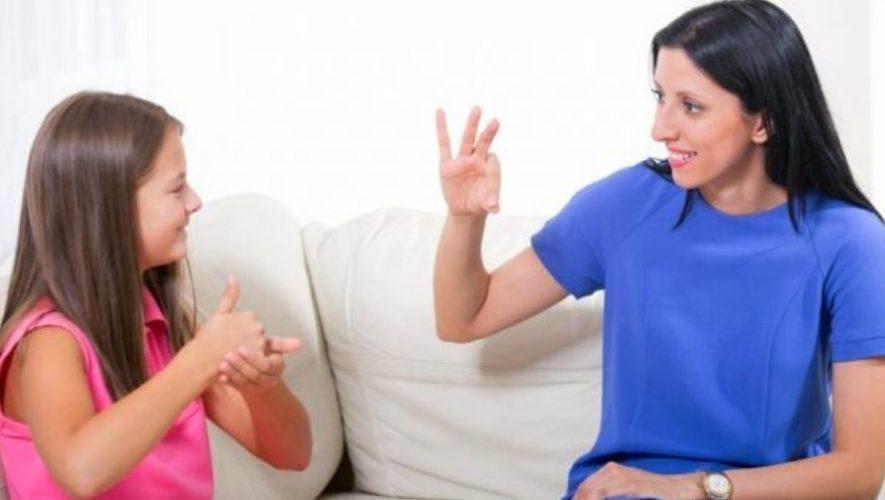Taller gratuito de introducción a la lengua de señas | Agosto 2020