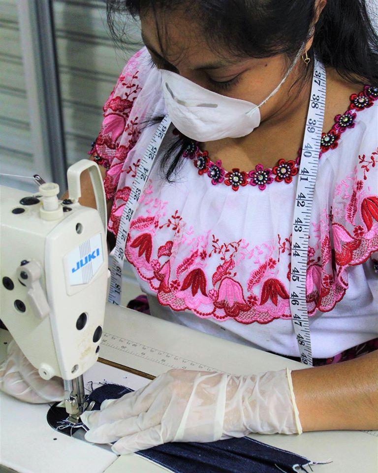 Tejedoras guatemaltecas demuestra su talento a nivel internacional
