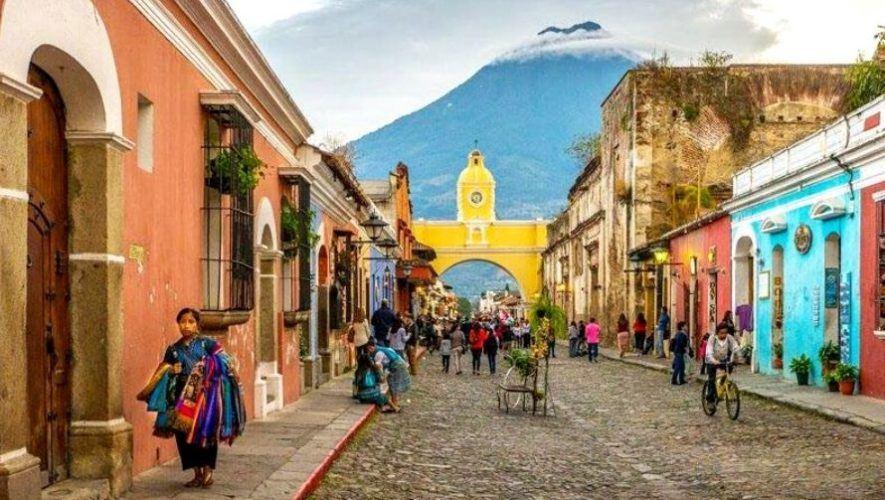 Tour virtual para conocer los nombres de las calles de Antigua Guatemala | Agosto 2020