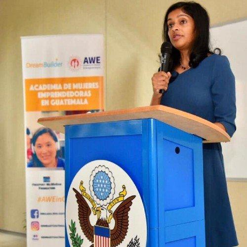 academia-mujeres-emprendedoras-ofrece-120-becas-mujeres-guatemaltecas-requisito-inscripcion-plazo