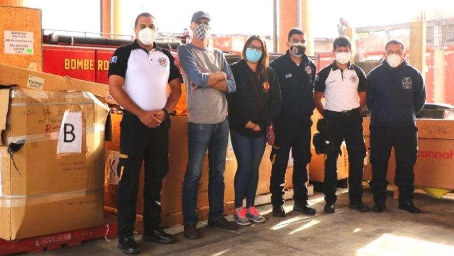 bombero-ingles-hizo-donativo-equipo-bomberos-voluntarios-guatemala