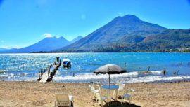 Las Cristalinas, la playa de arena blanca a orillas del Lago de Atitlán