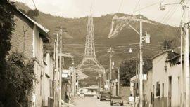 La curiosa réplica de la Torre del Reformador que existe en Chiquimula