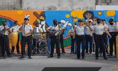 agentes-pnc-cantan-rap-dedicado-juventud-guatemalteca-orquesta-musical-subdireccion-prevencion-delito