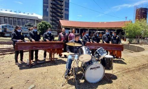 locomotora-902-vapor-hizo-recorrido-ciudad-guatemala-marimba-cantantes-coro-nacional