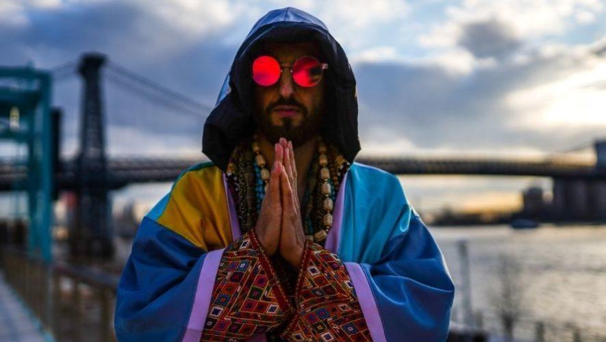 mr-tropical-dj-guatemalteco-participo-festival-burning-man-2020