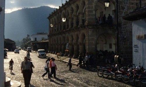 national-geographic-compartio-galeria-fotografica-retrata-belleza-guatemala-fletcher-west