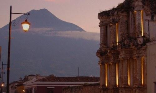 national-geographic-compartio-galeria-fotografica-retrata-belleza-guatemala-rebecca-gillespie