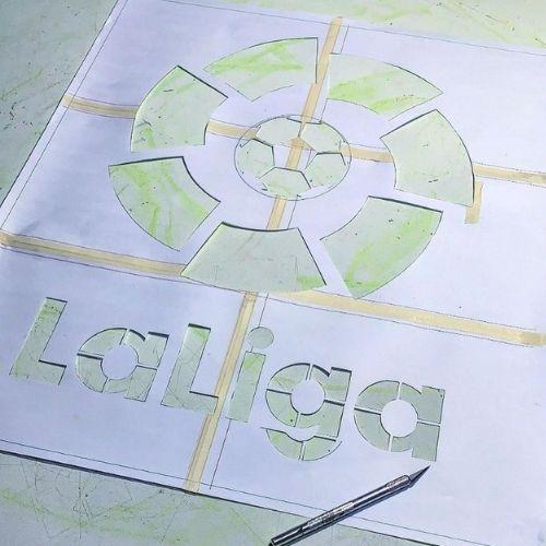 spaint-artista-guatemalteco-pinto-mural-la-liga-ciudad-guatemala-logo