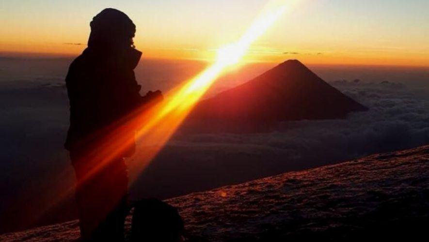 Ascenso nocturno al Volcán Acatenango | Octubre 2020