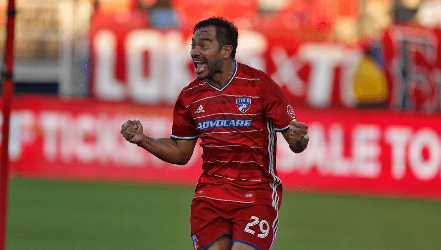 Carlos Ruiz es nominado a Los 25 mejores jugadores en la historia de la MLS