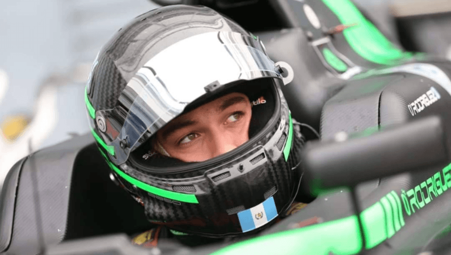 Ian Rodríguez está listo para probar su talento en un carro de Fórmula 3 en Italia
