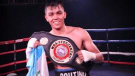 Jonathan Coutiño venció a Alexander Taylor para conseguir su novena victoria profesional