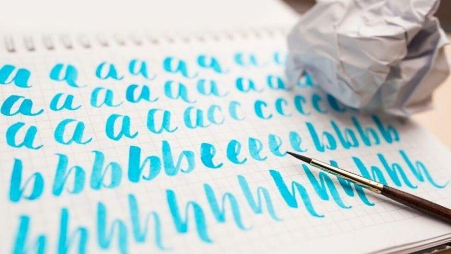 Taller gratuito de lettering enfocado en mayúsculas | Octubre 2020