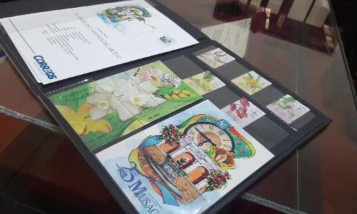 correos-guatemala-estrena-nueva-imagen-inaugura-sala-filatelica-ciudad-guatemala-sellos-orquideas-musac