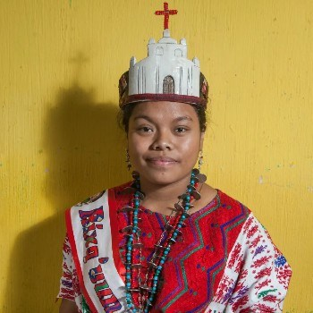 fotoreportaje-reinas-indigenas-mayas-guatemala-compartido-the-guardian-coronas-glifos