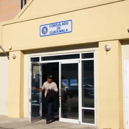 guatemaltecos-extranjero-tramitar-certificados-nacimiento-renap-consulados-embajadas