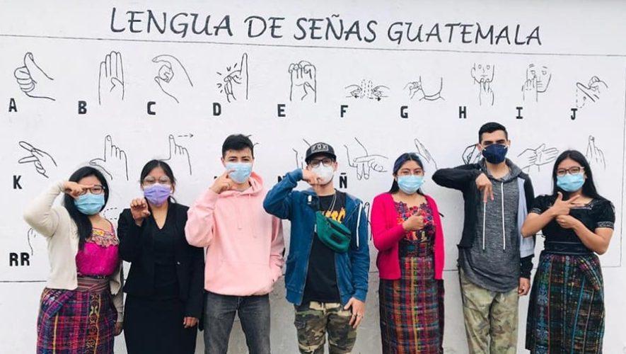 inauguraron-mural-lengua-senas-braille-tecpan-chimaltenango
