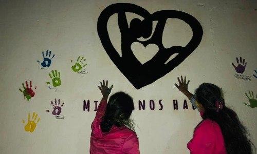 inauguraron-mural-lengua-senas-braille-tecpan-chimaltenango-artistas-voluntarios