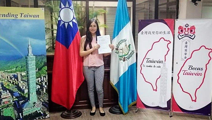liza-gonzalez-gano-beca-taiwan-icdf-estudiara-universidad-taipei-china