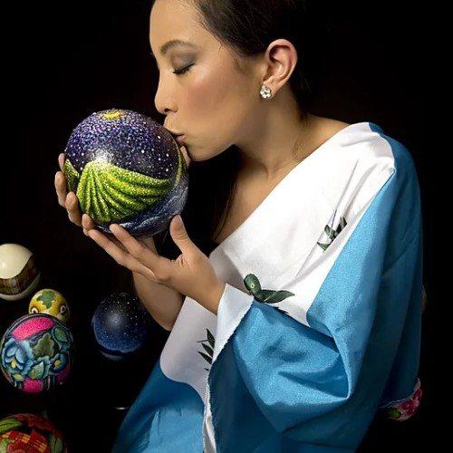 rosana-lagos-artista-guatemalteca-mostrado-obras-nivel-internacional-artes-plasticas-color-viajes