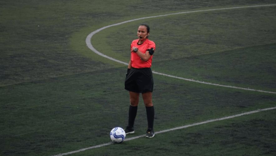 Astrid Gramajo será parte de la cuarteta arbitral para el amistoso Guatemala vs. Honduras