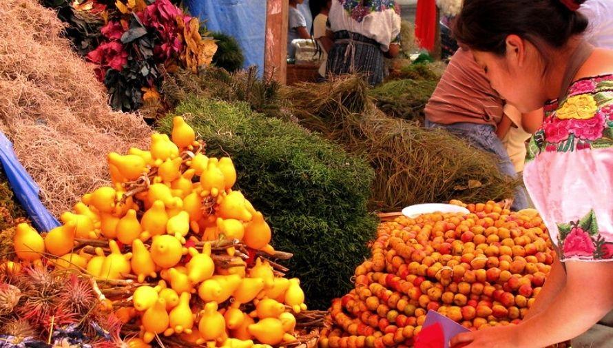 Bazares navideños en la Zona 1, Ciudad de Guatemala