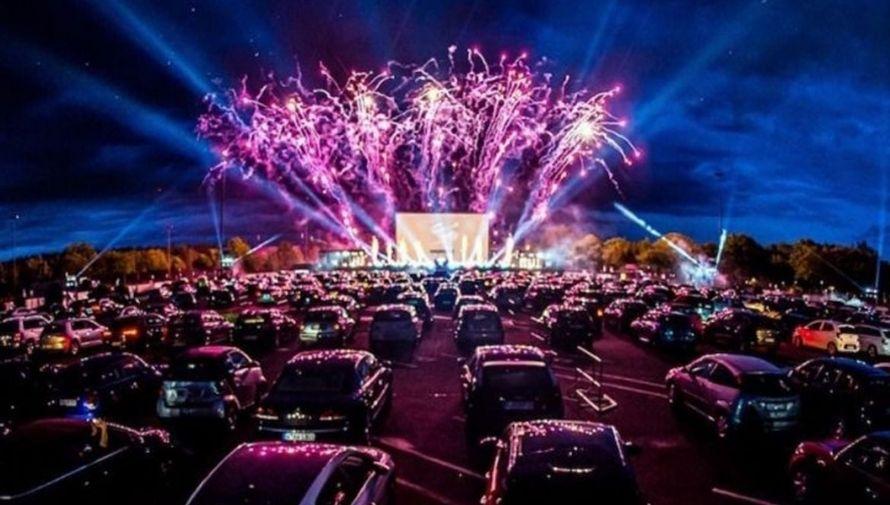 Concierto en vivo de Malacates Trébol Shop en un autocinema Noviembre 2020