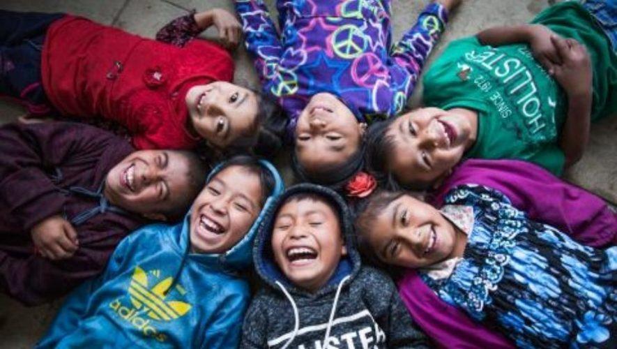 Happy movement, una iniciativa para inspirar a los guatemaltecos a compartir buenas acciones