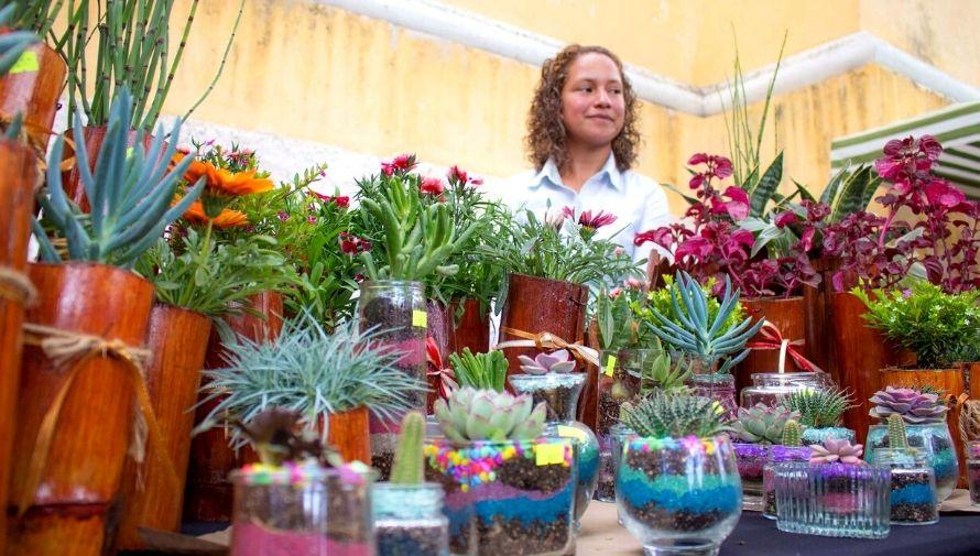 Mercadito de las Flores en Antigua Guatemala, Festival de las Flores 2020 Noviembre 2020